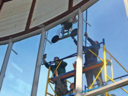 Компания по услугам остекления балконов для населения