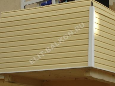 1 vneshnyaya oydelka balkona sajdingom pvh 5 387x291 - Внешняя отделка балконов и лоджий в Москве