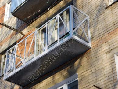 Укрепление парапетов и плит балконов