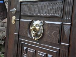 gusardi4 250x188 - Металлодеревянные двери