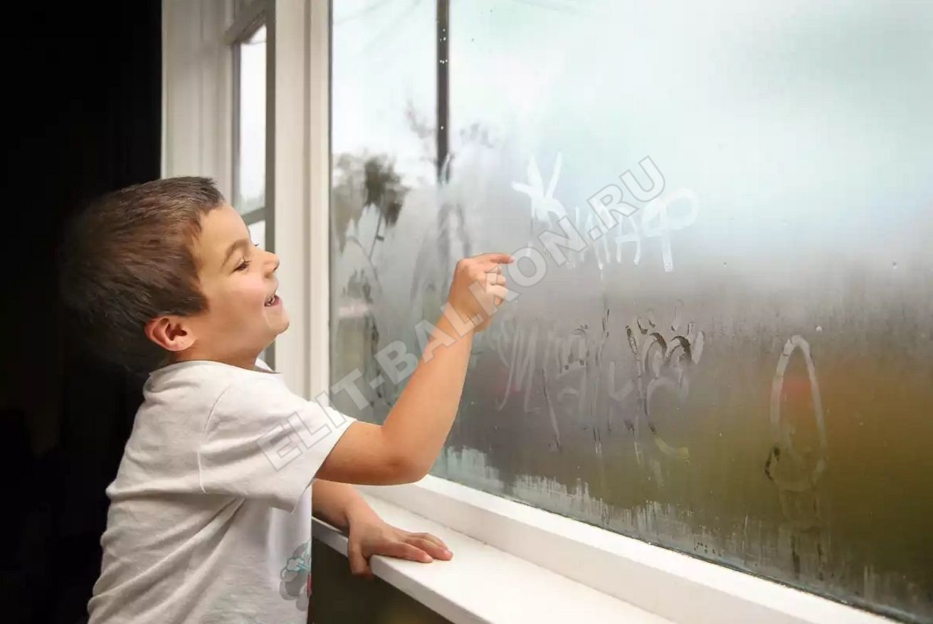kondensat poteyut okna 1 1 - Почему потеют окна. Конденсат