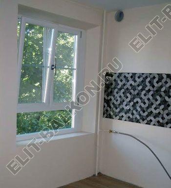 okno na kuhne 2 387x291 - Белые и цветные – Окна ПВХ