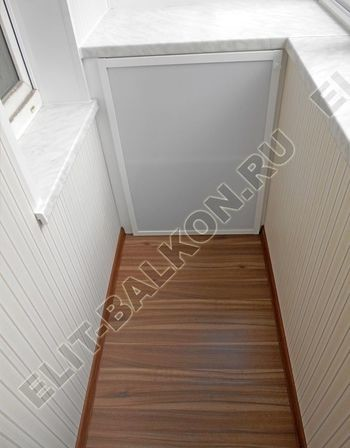 otdelka1 8 1 250x188 - Алюминиевый поликарбонат – шкаф на балкон