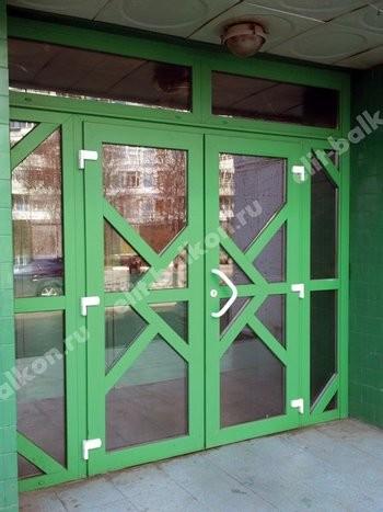 ПВХ входные распашные - Двери ПВХ входные белые и цветные распашные