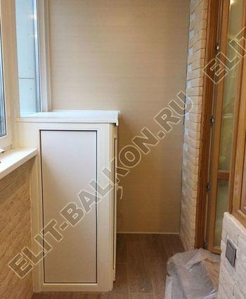 shkaf elinbalkon1 387x291 - ПВХ распашной шкаф на балкон
