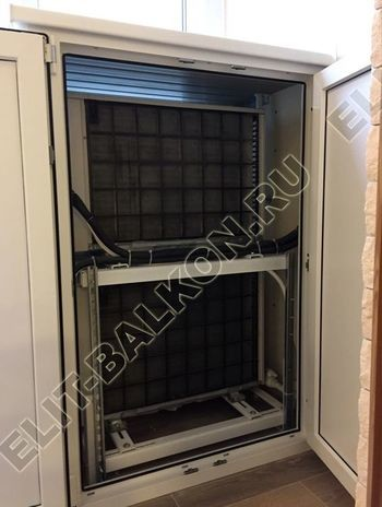shkaf elinbalkon4 387x291 - ПВХ распашной шкаф на балкон