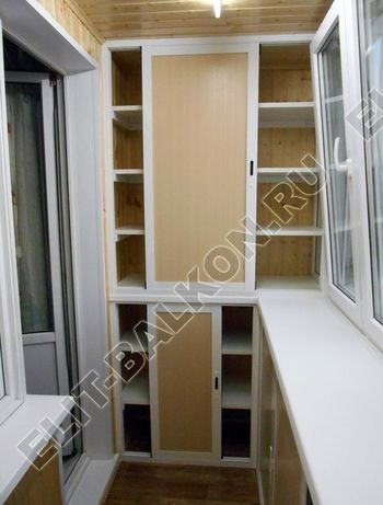 shkaf razdvizhnoj na balkon 4 387x291 - Фото шкафов на балконы из алюминия (Provedal)
