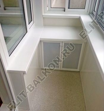 skaf256 2 250x188 - Алюминиевый поликарбонат – шкаф на балкон