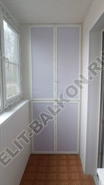 skaf269 250x188 - Алюминиевый поликарбонат – шкаф на балкон