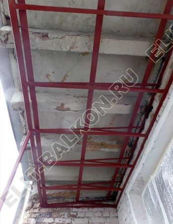 Krysha na balkone falshkrovlya 387x291 - Каркас крыши балкона