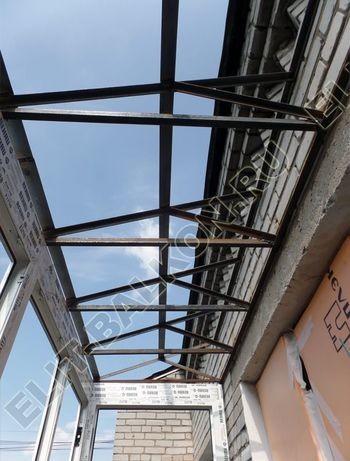 balkon 108 387x291 - Каркас крыши балкона