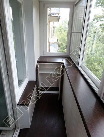 balkon 83 387x291 - Шкаф на балкон с фасадами из ЛДСП