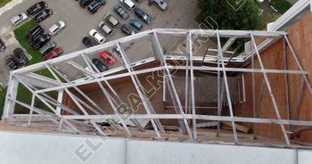montazh kryshi 11 387x291 - Каркас крыши балкона