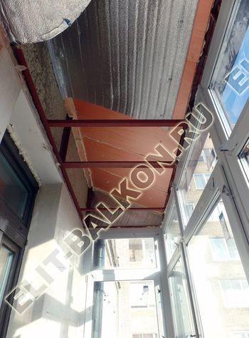 osteklenie balkona ot pola do potolka s vynosom po polu s kryshej 2 387x291 - Каркас крыши балкона