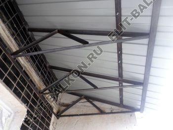 roof 40 250x188 - Каркас крыши балкона