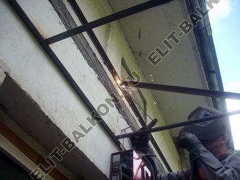 roof 42 250x188 - Каркас крыши балкона