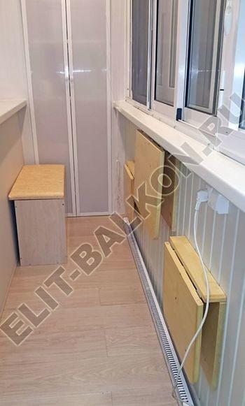 skaf272 250x188 - Деревянная мебель на балконе