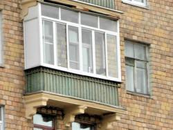 stalinka 250x188 - Остекление балконов и лоджий в сталинсках домах
