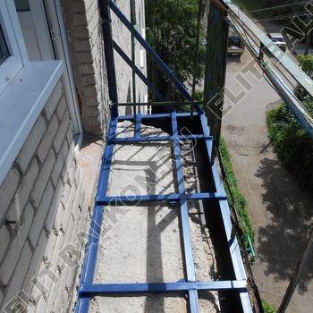 Укрепление балконной плиты. Фото одного балкона.