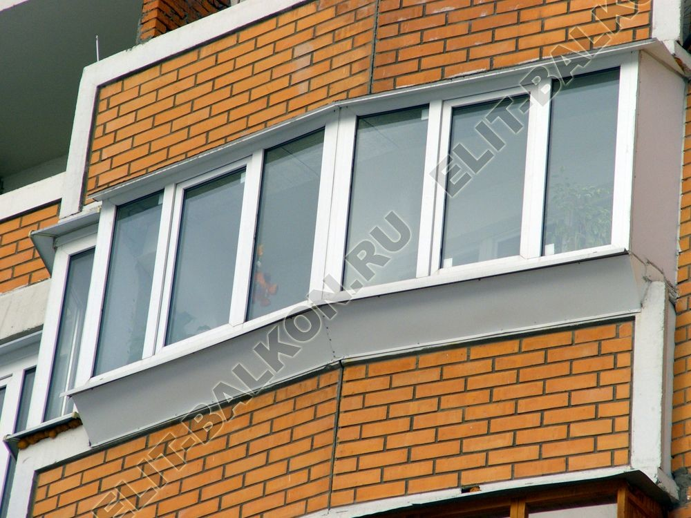 Вид монтажа окон на балконе