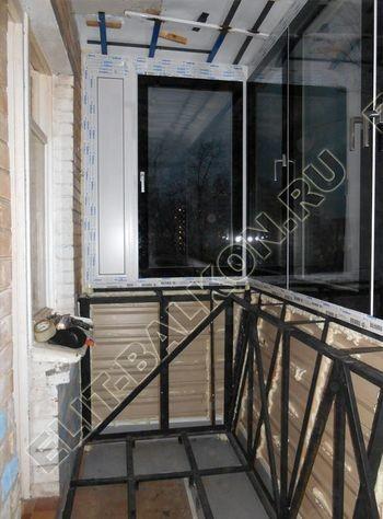 vin 11 250x188 - Вынос балкона по полу и по парапету. Фото одного балкона.