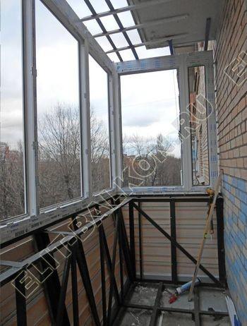 vin 17 250x188 - Вынос балкона по полу и по парапету. Фото одного балкона.