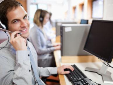 foto operator 387x291 - Оператор на телефоне