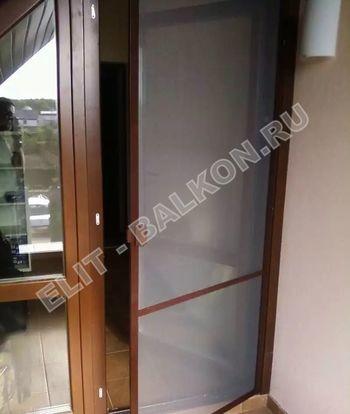 setki moskitnye raspashnye na dveri pvh 10 1 387x291 - Распашные сетки на двери