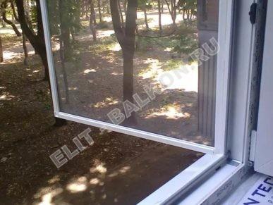 setki moskitnye raspashnye na dveri pvh 4 2 387x291 - Сетки