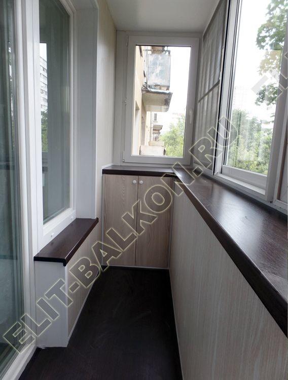 Шкаф распашной на балкон из ЛДСП