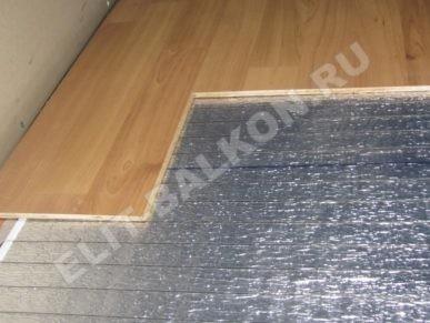 7 Teplyj pol ultratonkij rulonnyj pod laminat MDF PVH Foto 7 387x291 - Обогреватели на балкон: как не ошибиться с выбором?