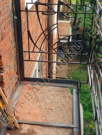 okna elinbalkon114 387x291 - Фото остекления одного балкона № 13