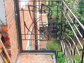 okna elinbalkon115 387x291 - Фото остекления одного балкона № 13