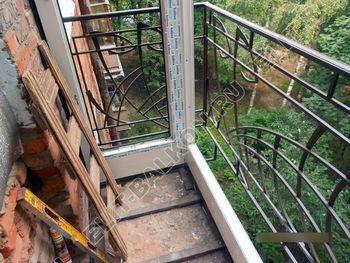 okna elinbalkon126 387x291 - Фото остекления одного балкона № 13