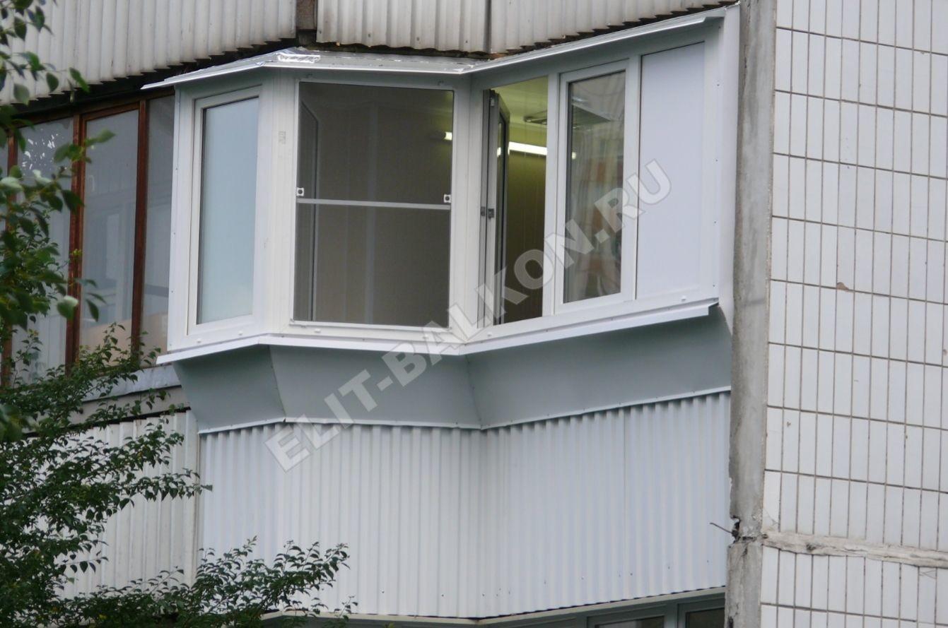 11 vneshnyaya otdelka balkona lodzhii profnastilom - Обшивка балкона профнастилом