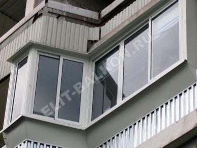 4 vneshnyaya otdelka balkona lodzhii profnastilom 387x291 - Обшивка балкона профнастилом