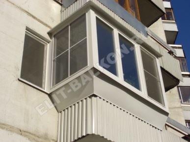6 vneshnyaya otdelka balkona lodzhii profnastilom 387x291 - Обшивка балкона профнастилом