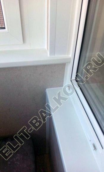 okna elinbalkon159 387x291 - Фото остекления одного балкона № 15