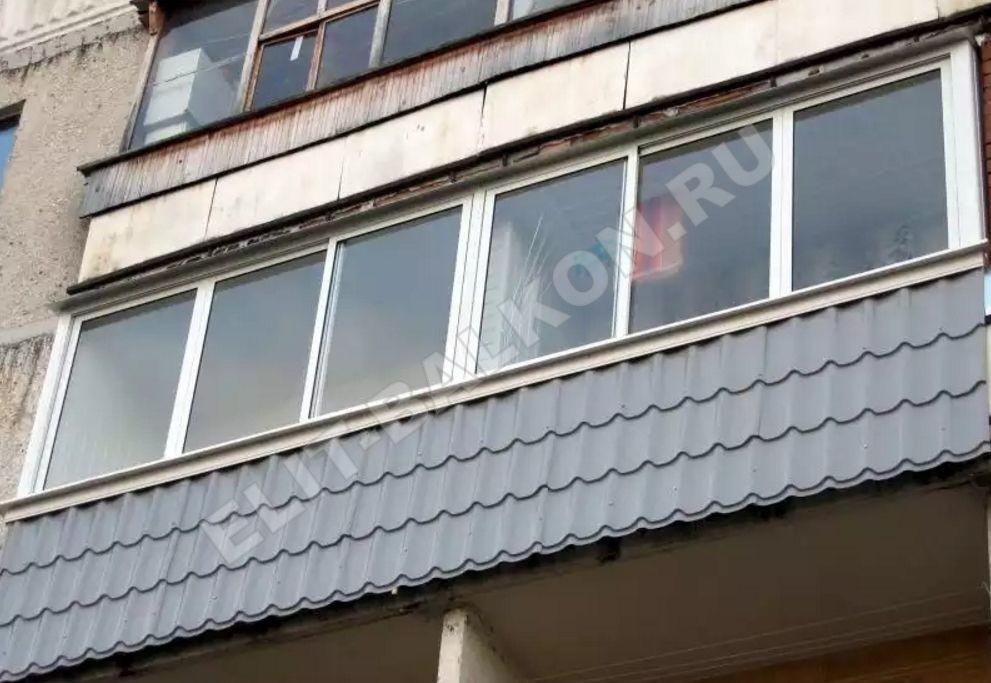 Внешняя отделка балкона металлочерепицей