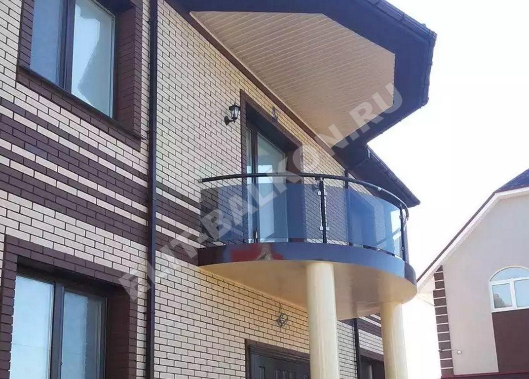 1 vneshnyaya obshivka polikarbonatom monolitnym 2 - Обшивка балкона поликарбонатом