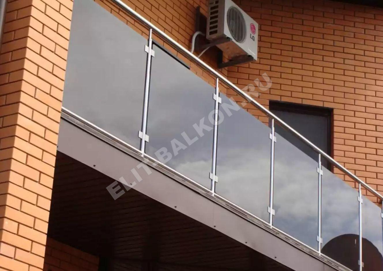 1 vneshnyaya obshivka polikarbonatom monolitnym - Обшивка балкона поликарбонатом