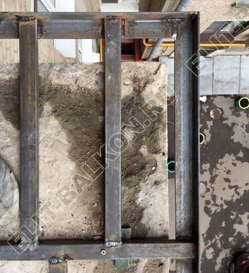 ukreplenie pod frantsuzskoe osteklenie ot pola do potolka s vynosom po perimetru23 387x291 - Фото остекления одного балкона № 20
