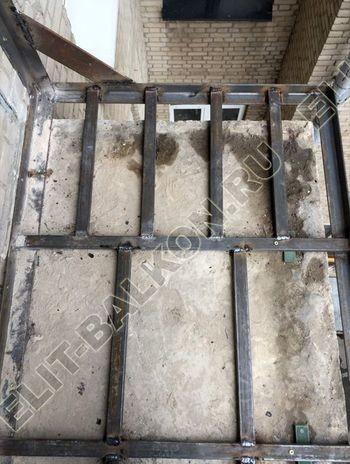 ukreplenie pod frantsuzskoe osteklenie ot pola do potolka s vynosom po perimetru25 387x291 - Фото остекления одного балкона № 20