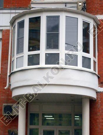 Krysha na balkone iz ondulina10 387x291 - Фото остекления одного балкона № 23