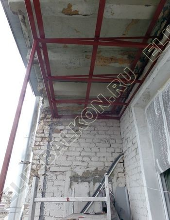 Krysha na balkone falshkrovlya 3 387x291 - Фото остекления одного балкона № 24