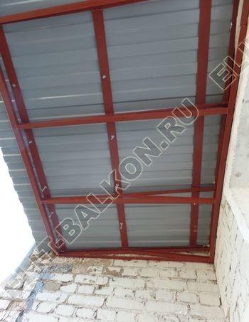 Krysha na balkone falshkrovlya 7 387x291 - Фото остекления одного балкона № 24