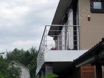 krysha na balkone v kottedzhe 2 387x291 - Фото остекления одного балкона № 25