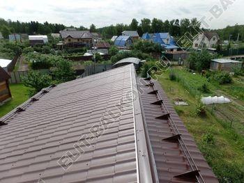 krysha na balkone v kottedzhe 7 387x291 - Фото остекления одного балкона № 25
