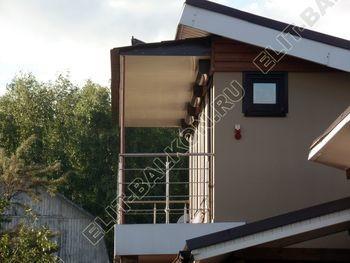 krysha na balkone v kottedzhe 9 387x291 - Фото остекления одного балкона № 25