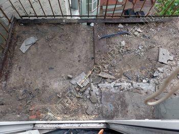 osteklenie balkona PVH s kryshej 1 387x291 - Фото остекления одного балкона № 27